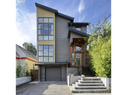 Photo of 1409 SE 37TH AVE, Portland, OR 97214 (MLS # 17073769)