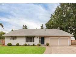 Photo of 2460 SE LARKSPUR CT, Hillsboro, OR 97123 (MLS # 17076177)