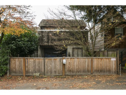 Photo of 7430 SW MILES PL, Portland, OR 97219 (MLS # 17087715)