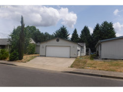 Photo of 1232 COMSTOCK WAY, Woodburn, OR 97071 (MLS # 17092962)