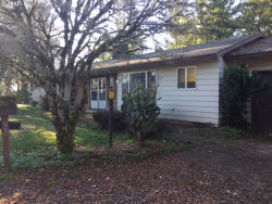 Photo of 17570 SPRINGHILL PL, Gladstone, OR 97027 (MLS # 17101080)
