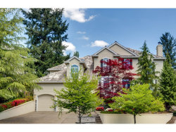 Photo of 2130 FAIRHAVEN CT, West Linn, OR 97068 (MLS # 17117517)
