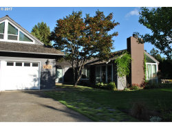Photo of 8750 SW BRIDLETRAIL AVE, Beaverton, OR 97008 (MLS # 17123444)