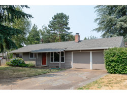 Photo of 11927 SW BURLCREST DR, Tigard, OR 97223 (MLS # 17124753)