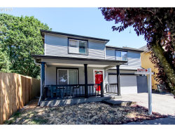 Photo of 1128 SW 182ND AVE, Beaverton, OR 97003 (MLS # 17130567)