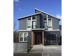 Photo of 5315 SE 60TH AVE, Portland, OR 97206 (MLS # 17131230)