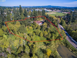 Photo of 16585 SW 92ND AVE, Tigard, OR 97224 (MLS # 17138907)