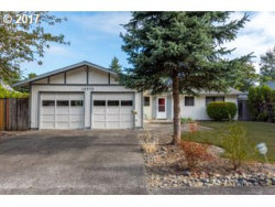 Photo of 13975 SW LISA LN, Beaverton, OR 97005 (MLS # 17151658)