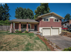 Photo of 1290 NE LINCOLN ST, Hillsboro, OR 97124 (MLS # 17166335)