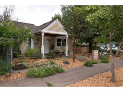 Photo of 5905 N HUDSON ST, Portland, OR 97203 (MLS # 17189213)