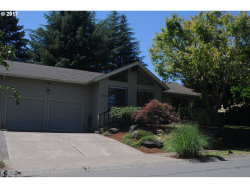 Photo of 2553 PIMLICO DR, West Linn, OR 97068 (MLS # 17195414)