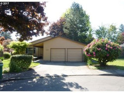 Photo of 11325 SW BASSWOOD CT, Tigard, OR 97223 (MLS # 17202941)
