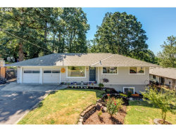 Photo of 4598 SE WHIPPLE AVE, Milwaukie, OR 97267 (MLS # 17228899)