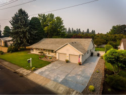 Photo of 1395 N BIRCH ST, Canby, OR 97013 (MLS # 17243140)