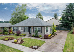 Photo of 1025 PORTLAND AVE, Gladstone, OR 97027 (MLS # 17243694)