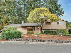 Photo of 504 BARCLAY AVE, Oregon City, OR 97045 (MLS # 17262019)