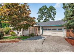 Photo of 11 SW 143RD AVE, Beaverton, OR 97006 (MLS # 17282512)