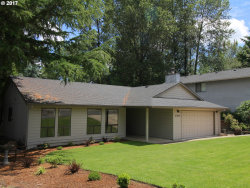 Photo of 21954 SW MARTINAZZI AVE, Tualatin, OR 97062 (MLS # 17286109)