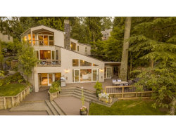 Photo of 1115 LAKE FRONT RD, Lake Oswego, OR 97034 (MLS # 17288893)