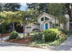 Photo of 5316 SW VACUNA ST, Portland, OR 97219 (MLS # 17293251)