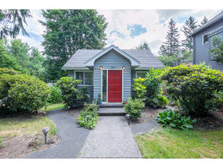 Photo of 8020 SW 61ST AVE, Portland, OR 97219 (MLS # 17322126)