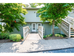 Photo of 3433 MCNARY PKWY , Unit 105, Lake Oswego, OR 97035 (MLS # 17324573)