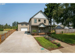 Photo of 1311 E LINCOLN ST, Woodburn, OR 97071 (MLS # 17342423)