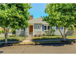 Photo of 7542 N COMMERCIAL AVE, Portland, OR 97217 (MLS # 17360393)