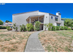 Photo of 9906 SW TRAPPER TER, Beaverton, OR 97008 (MLS # 17363406)