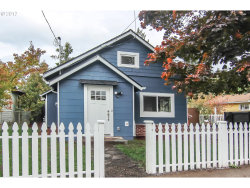 Photo of 10251 SE INSLEY ST, Portland, OR 97266 (MLS # 17368355)