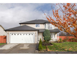 Photo of 2609 OXFORD ST, Woodburn, OR 97071 (MLS # 17383103)