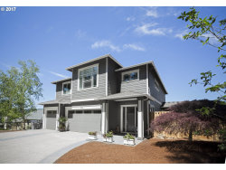 Photo of 11409 SW Suzanne PL, Tigard, OR 97223 (MLS # 17389136)