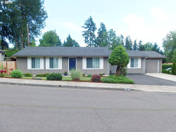 Photo of 6326 SW SOUTHWOOD DR, Portland, OR 97219 (MLS # 17402390)