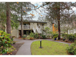 Photo of 5058 FOOTHILLS DR , Unit A, Lake Oswego, OR 97034 (MLS # 17403641)