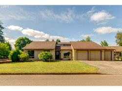 Photo of 695 NE 22ND AVE, Canby, OR 97013 (MLS # 17404123)