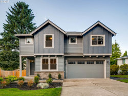 Photo of 9515 SW KILLARNEY LN, Tualatin, OR 97062 (MLS # 17406123)