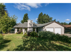 Photo of 2464 DONEGAL CT, West Linn, OR 97068 (MLS # 17408408)