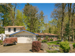Photo of 13183 BROOKSIDE DR, Aurora, OR 97002 (MLS # 17408925)