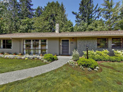 Photo of 3833 SW 52ND PL, Portland, OR 97221 (MLS # 17428473)
