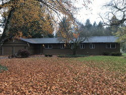 Photo of 1009 NE TERRITORIAL RD, Canby, OR 97013 (MLS # 17434560)