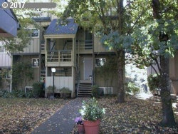 Photo of 4 TOUCHSTONE , Unit 93, Lake Oswego, OR 97035 (MLS # 17449719)