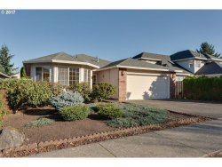 Photo of 9335 SW IOWA DR, Tualatin, OR 97062 (MLS # 17449757)