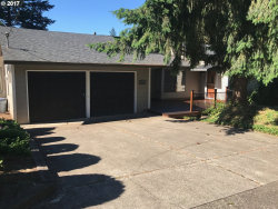 Photo of 2130 SW MARIGOLD ST, Portland, OR 97219 (MLS # 17455000)
