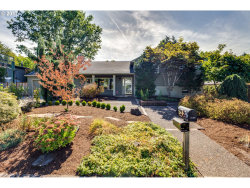 Photo of 2630 SE MULBERRY DR, Milwaukie, OR 97267 (MLS # 17460844)