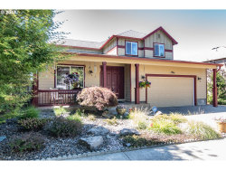 Photo of 12946 SW BLACK WALNUT ST, Tigard, OR 97224 (MLS # 17484310)