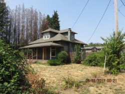 Photo of 1225 W LINCOLN ST, Woodburn, OR 97071 (MLS # 17503828)