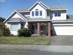 Photo of 1177 S PINE ST, Canby, OR 97013 (MLS # 17503992)