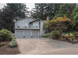 Photo of 2055 CARRIAGE WAY, West Linn, OR 97068 (MLS # 17511520)