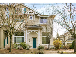 Photo of 2628 SW HUME CT SW, Portland, OR 97219 (MLS # 17515120)