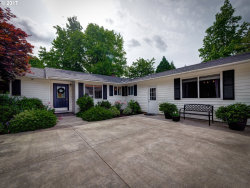 Photo of 11700 S MAKIN LN, Canby, OR 97013 (MLS # 17517140)